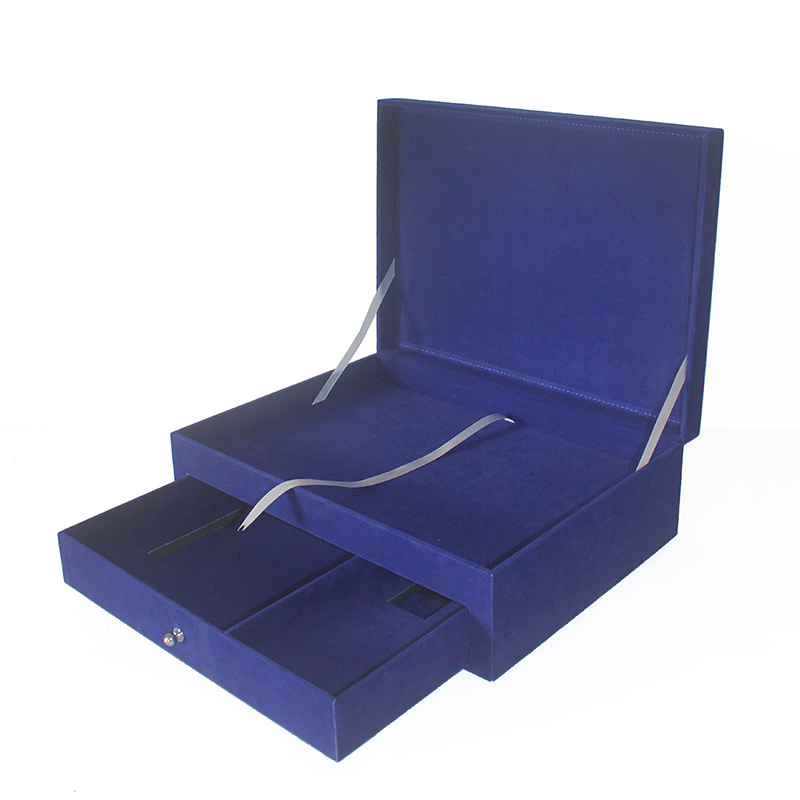 Gift Case